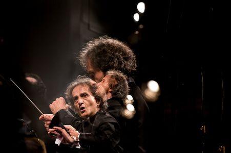 غافلگیری شهرداد روحانی در ارکستر  +عکس