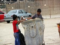 معرفی متخلفان؛ بزرگترین کمک به کودکان زبالهگرد