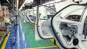 چرا فرمول 5درصد زیر حاشیه بازار برای خودرو اعمال نشد؟/ خطر سونامی انصراف در پس قیمتهای جدید