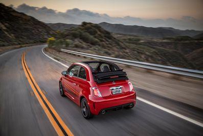 2019-Fiat-500C-Abarth-Cabrio-08