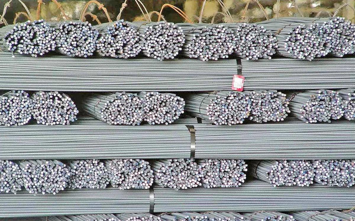 نوسان دلار و بالا ماندن قیمت محصولات فولادی