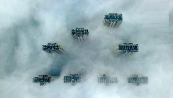 آسمانخراشهای چین در هوای مه آلود +تصاویر