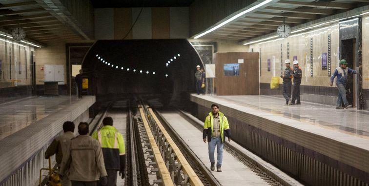 بازدید از روند ایمنسازی خط ۷ مترو