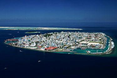 جزیره هالهومیل (مالدیو)