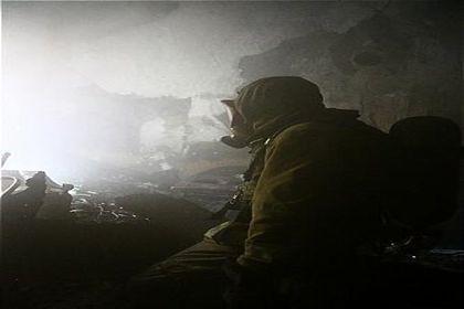نجات ۷نفر در آتشسوزی یک واحد مسکونی +عکس