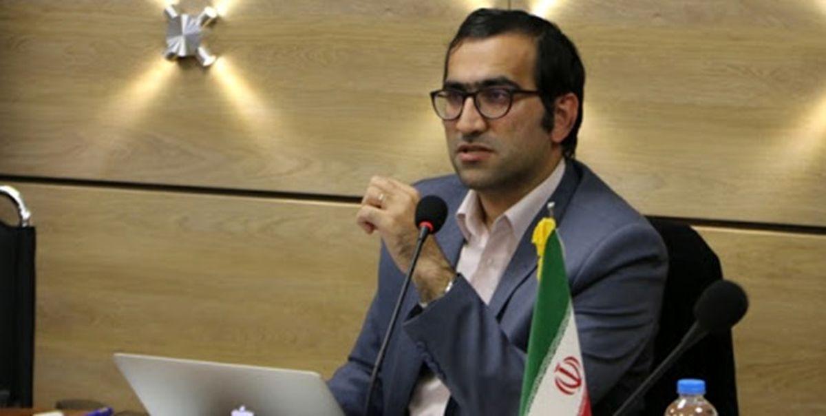 ضرورت ایجاد درآمد پایه برای ایرانیان و توقف قاچاق انرژی