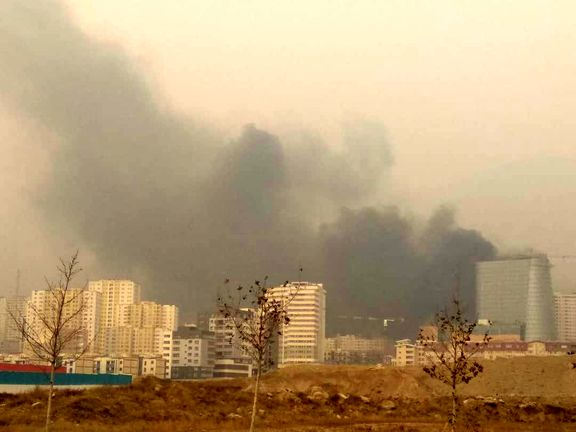 مرکز خرید درحال ساخت رزمال آتش گرفت