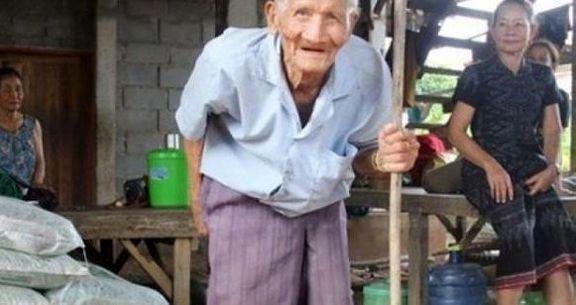 این مرد پیرترین فرد در دنیا است +عکس