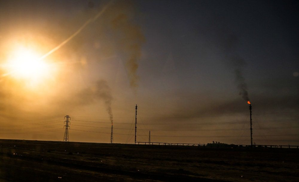 آلودگی دودهای نفتی اهواز