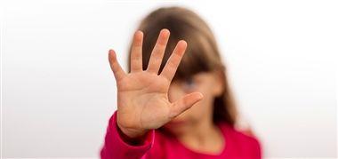 چطور به بچهها خودمراقبتی را یاد بدهیم؟