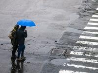 بارش باران تا روز دوشنبه ادامه مییابد