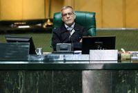 پزشکیان: ایرانیان در مقابل آمریکا کوتاه نمیآیند