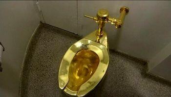 سارقان توالت تمام طلای «آمریکا» را دزدیدند! +فیلم