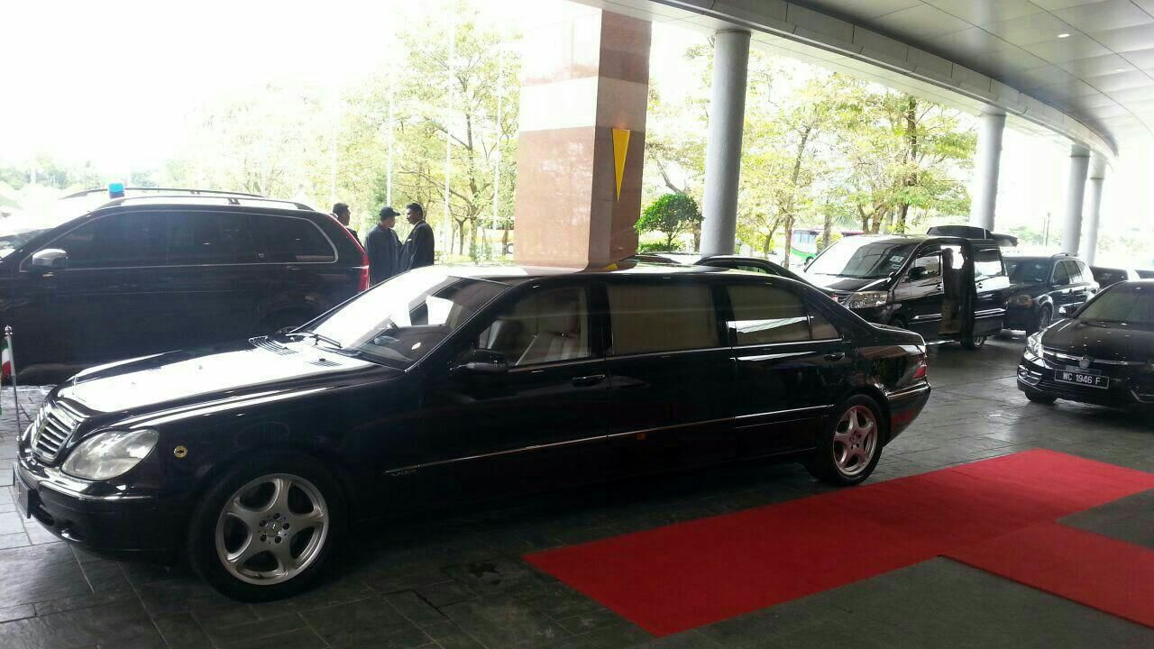 خودرو رئیس جمهور روحانی در سفر مالزی