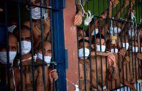 زندانیان تبهکار در قوطی کبریت! +عکس