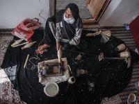 ابریشم کشی در روستای بسک +تصاویر