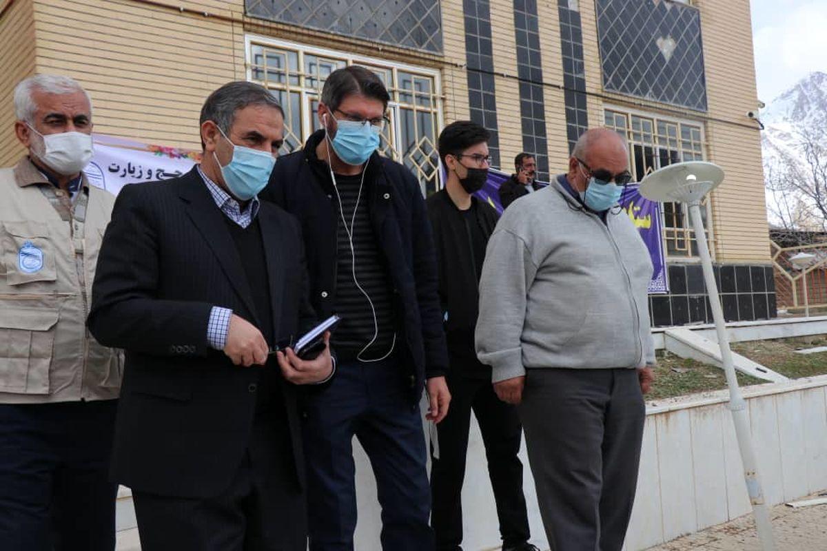 بازدید استاندار کهگیلویه و بویر احمد از ستاد امدادرسانی به زلزله زدگان سیسخت