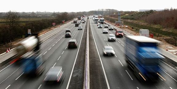 افزایش ۱۷.۷ درصدی تردد در جادههای کشور