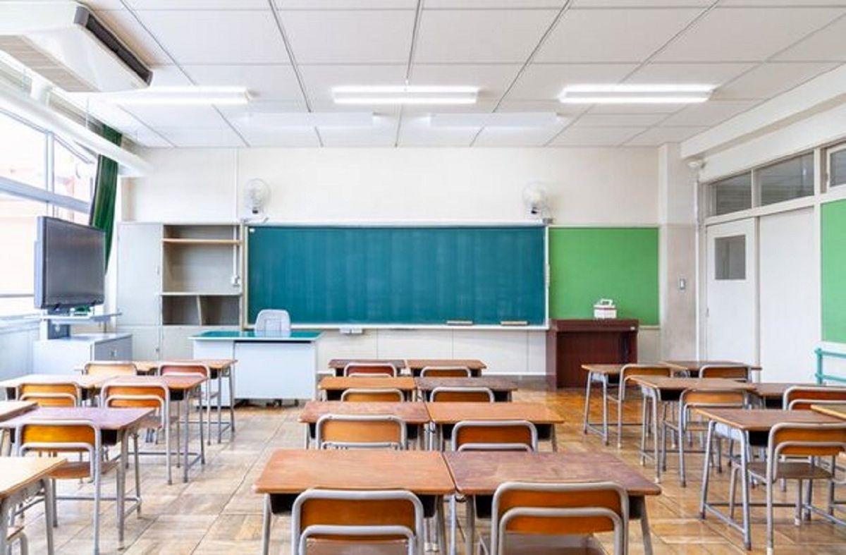 آموزش مدارس همچنان غیرحضوری است