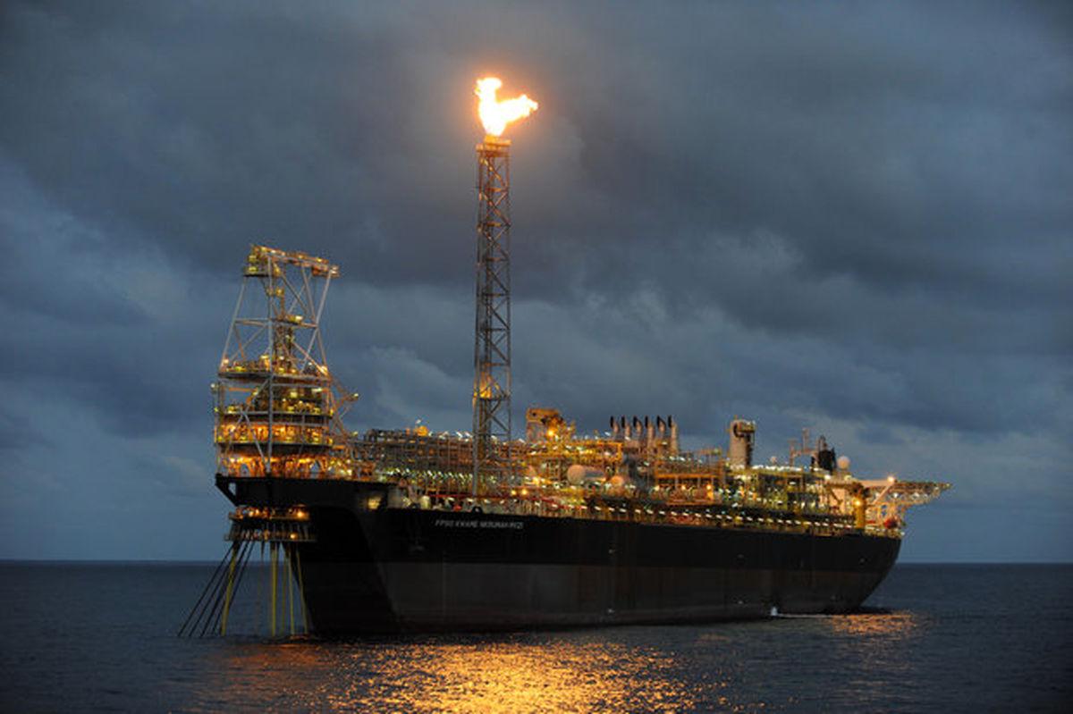 آغاز تولید نفت از لایه نفتی پارس جنوبی از فروردین