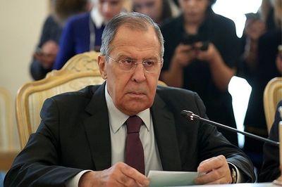 روسیه تحویل سامانه اس ۳۰۰ را به سوریه بررسی میکند