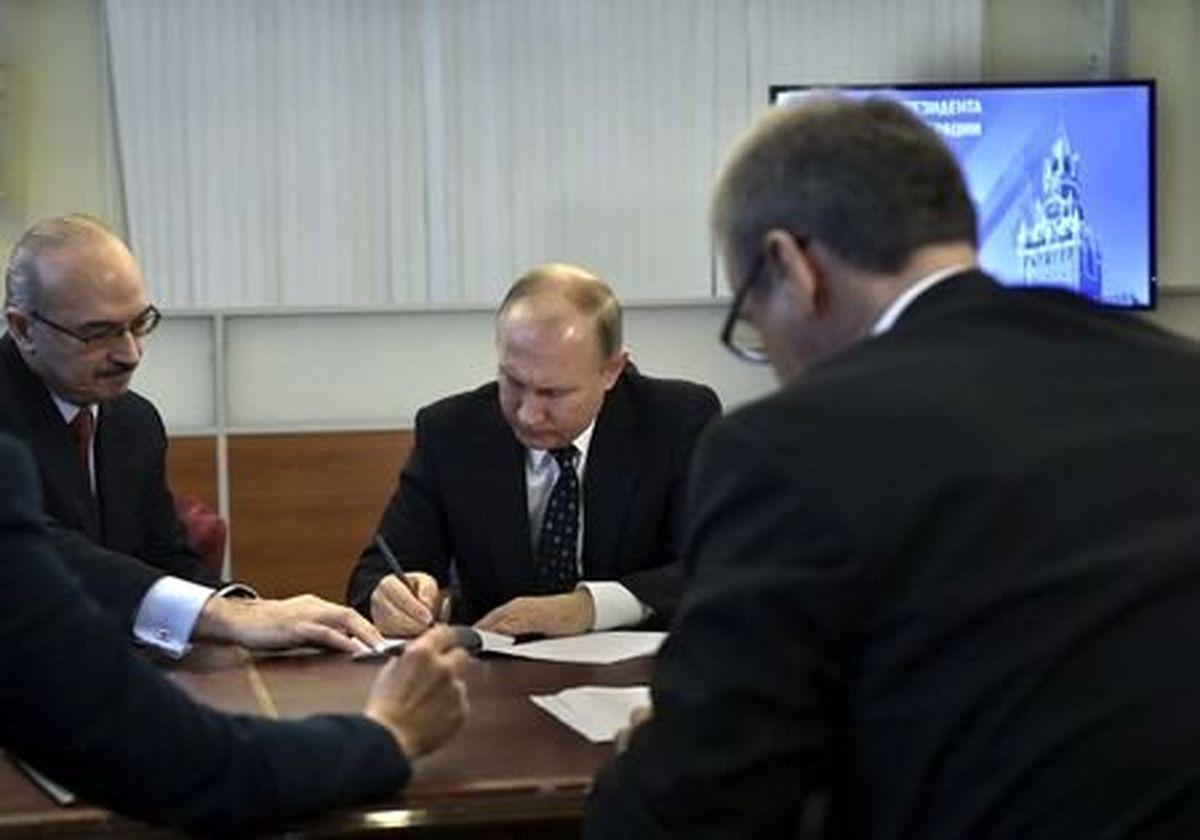 پوتین قانون مقابله با تحریمها را امضا کرد