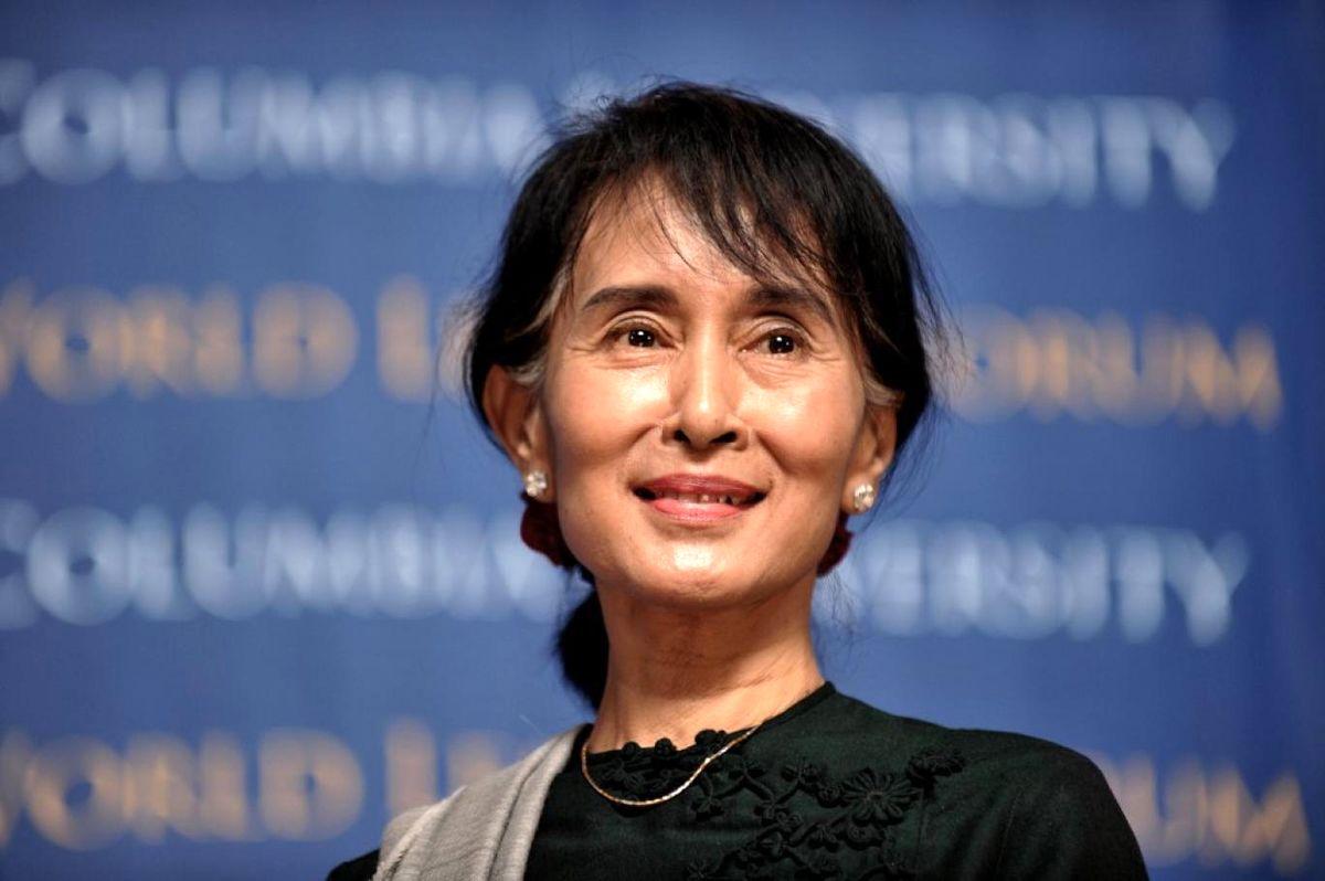 آنگ سان سو چی رسما به فساد اقتصادی متهم شد