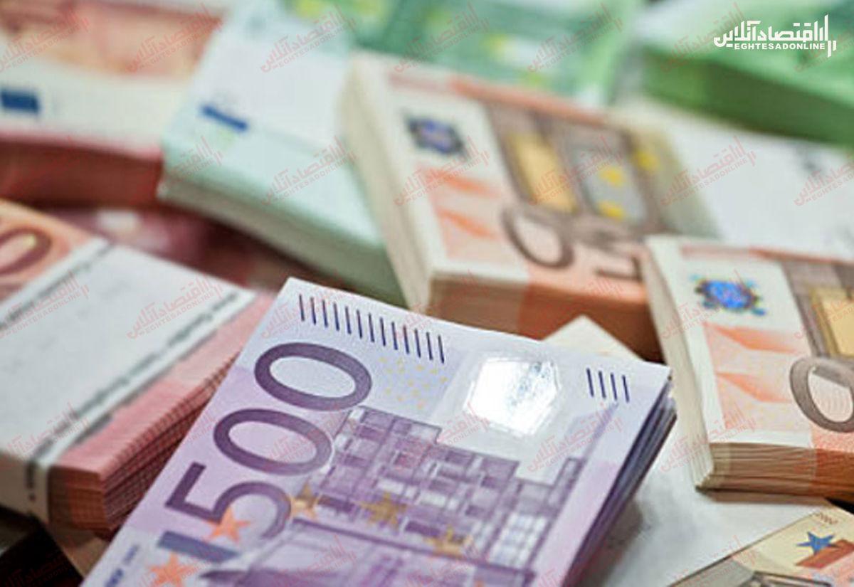 بازار ارز در مدار صعودی/ قیمت دلار آزاد به ۲۴۹۰۰تومان افزایش یافت