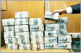 خروج یک میلیارد نقدینگی از بانکهای کشور