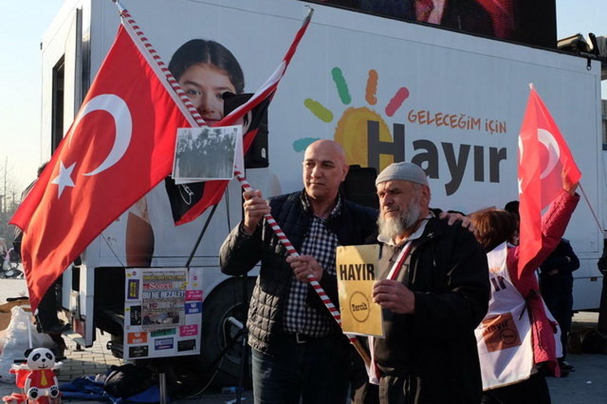 ترکیه یک روز قبل از رفراندوم قانون اساسی +تصاویر