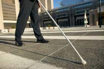 چرخ حمایت از نابینایان لنگ میزند