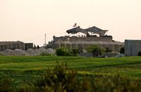 حمله راکتی به پایگاه آمریکا در دیرالزور سوریه