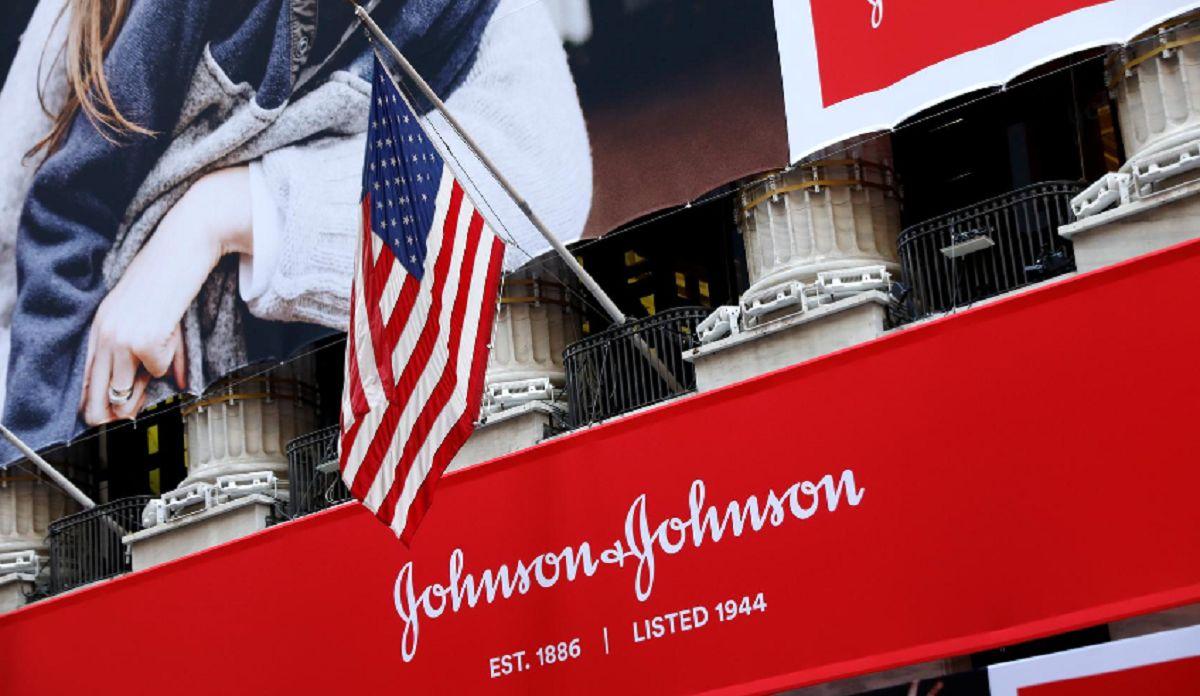 صعود بازار سهام آمریکا به دنبال موفقیت واکسن جانسون اند جانسون/ تصویب بسته محرک از عوامل خوشبینی به اقتصاد