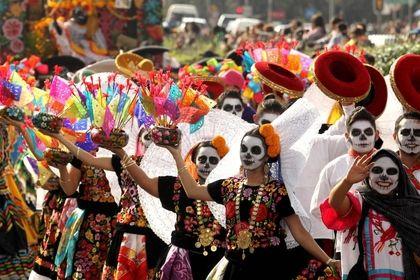 رژه اسکلتها در مکزیک +تصاویر