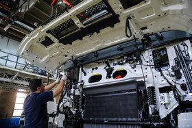 توقف تولید چند خودروی سنگین