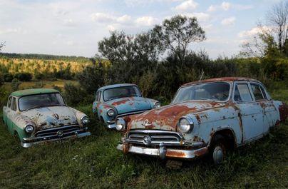 گـورستان خـودروهای کلاسیک روسی