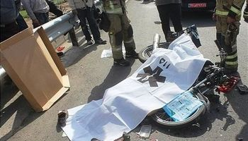 تصادف کامیون با موتورسیکلت ۲کشته داشت