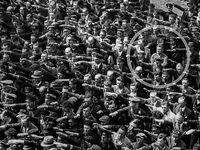 مردی که به هیتلر سلام نداد +عکس