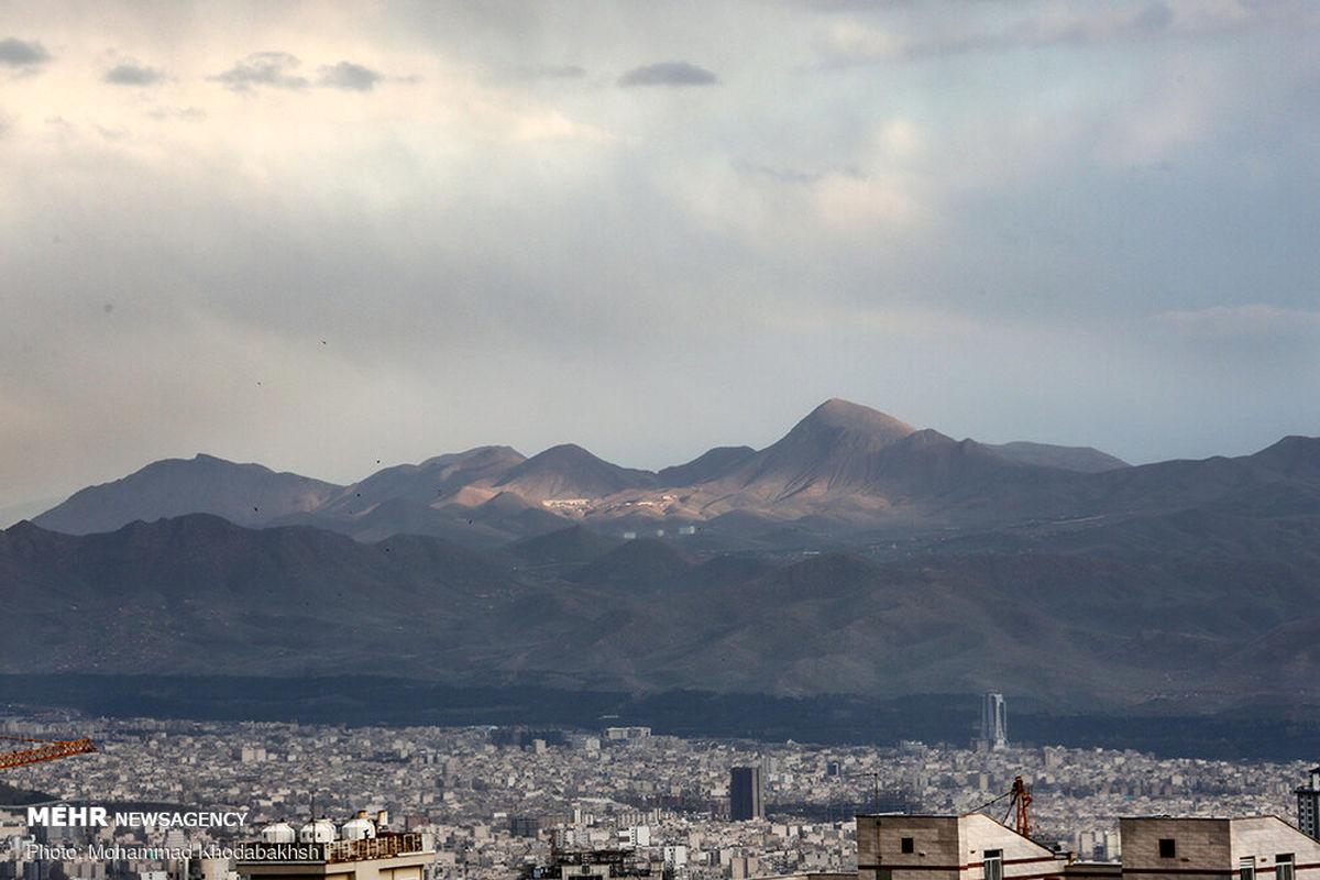 کیفیت هوای تهران در مدار سلامت