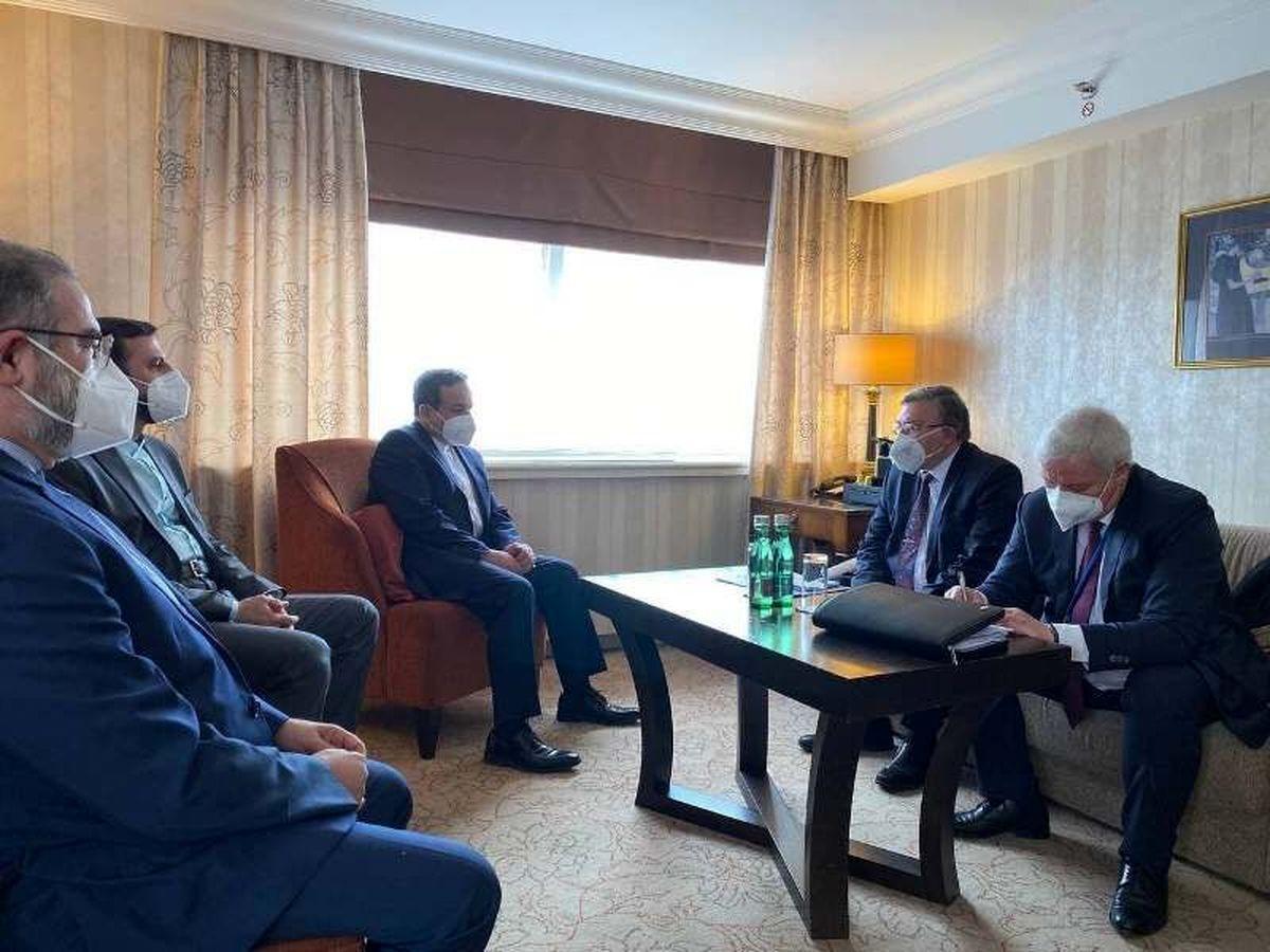 دیدار هیات های ایران و روسیه پیش از نشست کمیسیون برجام