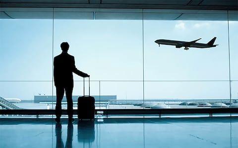 تعیین سهمیه واردات کالای همراه مسافر در مناطق آزاد +سند