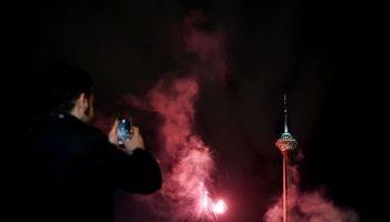 نورافشانی برج میلاد +تصاویر