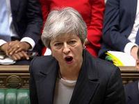 نخست وزیر انگلیس خواستار تعویق برگزیت شد