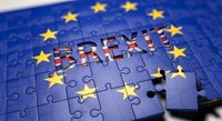 جانسون: بعید است به توافق تجاری دست یابیم/ انگلستان در انتظار تغییر قوانین رقابت تجاری اروپا در قالب برگزیت