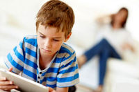 به اینترنت کودکان چه گذشته است؟
