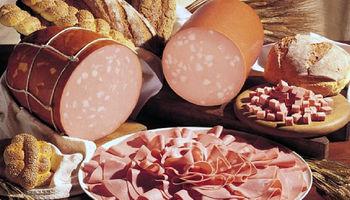 مردم نباید نگران سلامت سوسیس و کالباس باشند