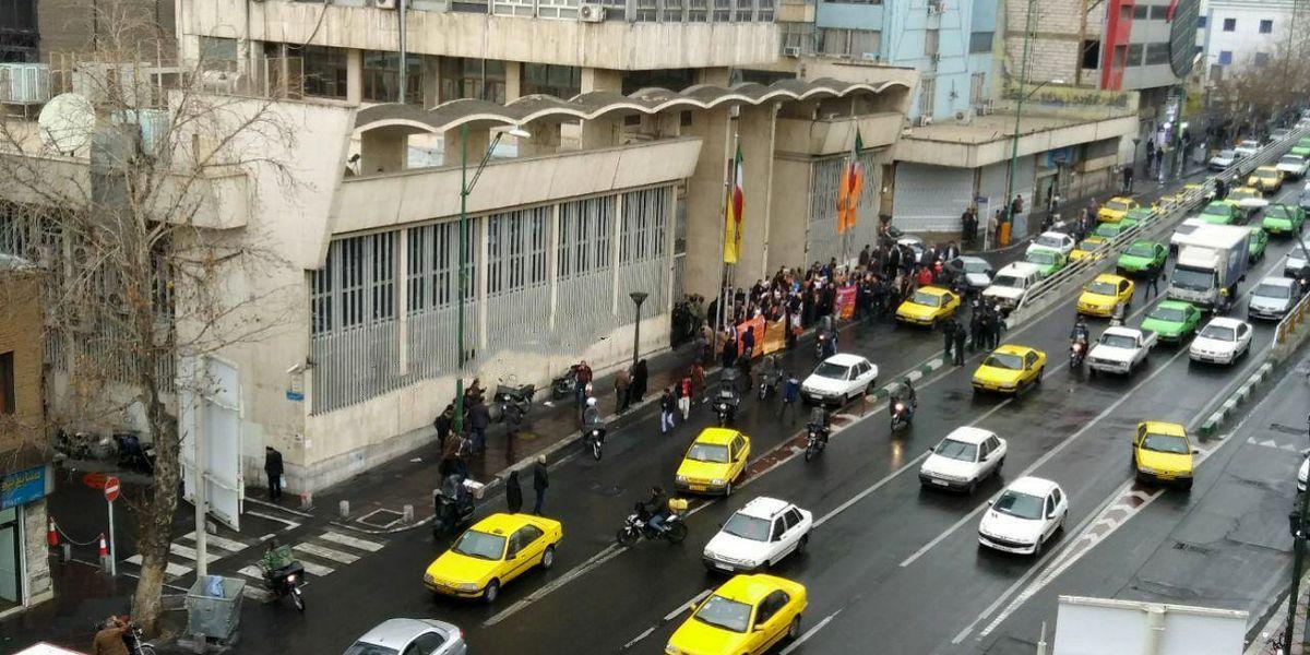 سازمان بورس: فروش «آکنتور» اجباری نیست