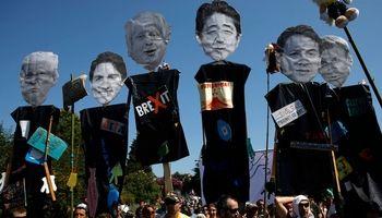 اعتراضات علیه نشست «گروه ۷» در فرانسه به خشونت کشیده شد +فیلم