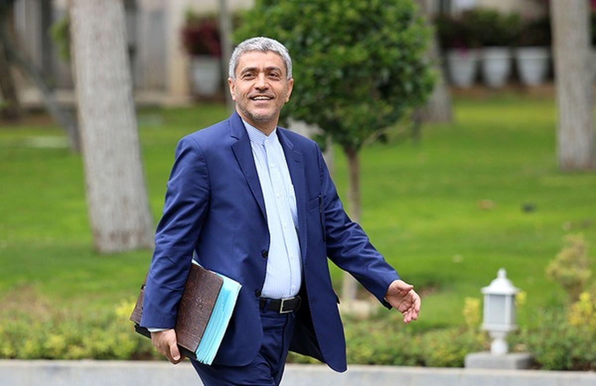 درآمد مالیاتی ۱.۳برابر درآمدهای نفتی/ وزیر اقتصاد به قول خود عمل کرد