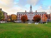 ۵ دانشگاه ایرانی در جمع برترین دانشگاههای علوم انسانی